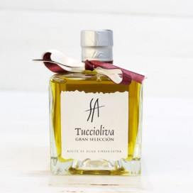 Extra Virgin Olive oil, Large selection Tuccioliva