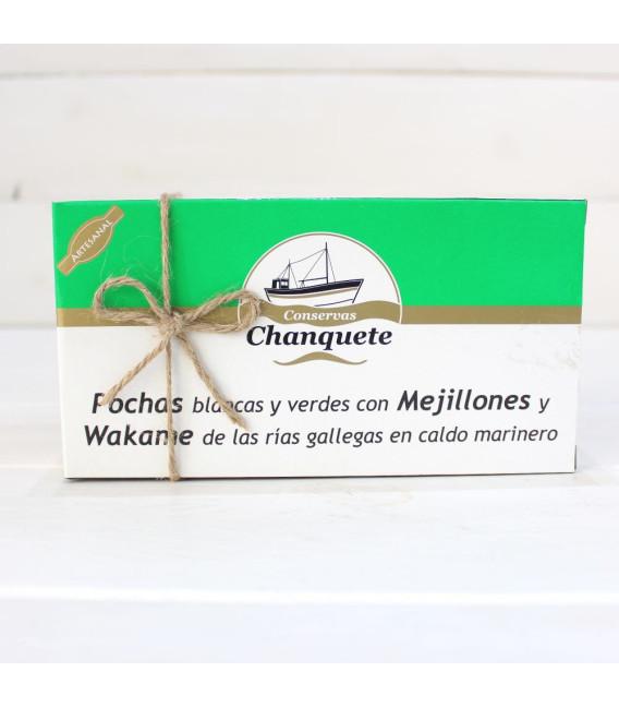 Les haricots avec des Moules de Wakame et le bouillon marin