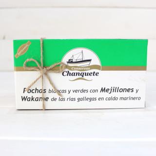 Pochas con Mejillones y Wakame en caldo marinero