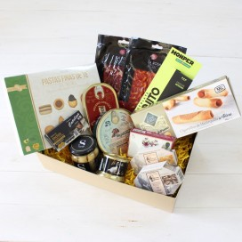 "Basket Gourmet Valentine's Day ""Tell"""