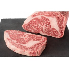 Bistecca di filetto superiore di kobe da 3+ 7+ 300 g