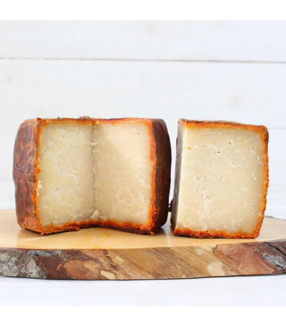 Sheep cheese Moncedillo tuned with Paprika 525 gr approx