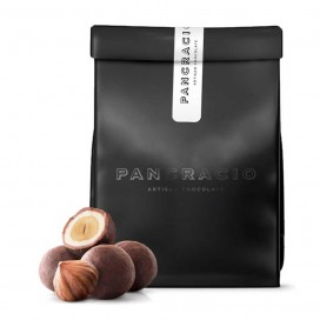 Avellanas Caramelizadas Cubiertas de Chocolate con Leche, 140 grs