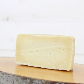 Half Raw Goat's milk Cheese, 350grs aprx