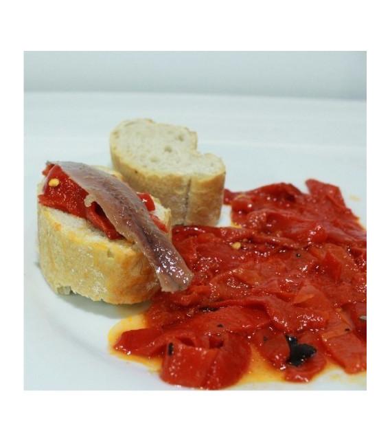 In Rosso I Peperoni In Strisce Con Aglio E Olio D'Oliva