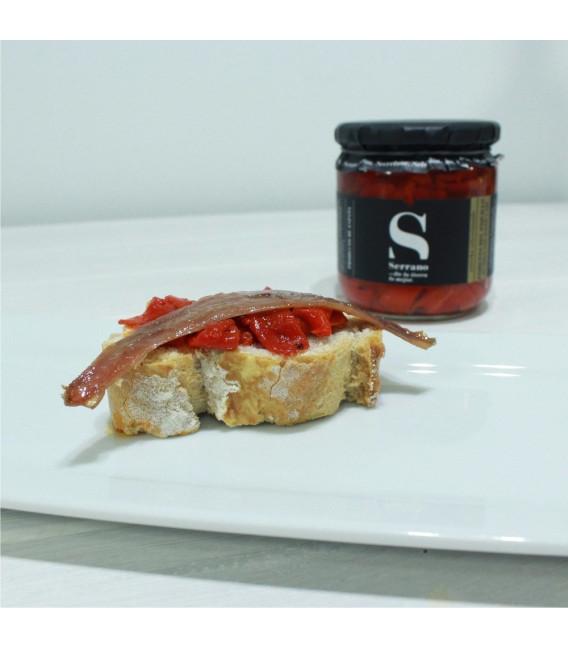 Piquillo-Paprika, In Streifen Mit Öl Und Knoblauch