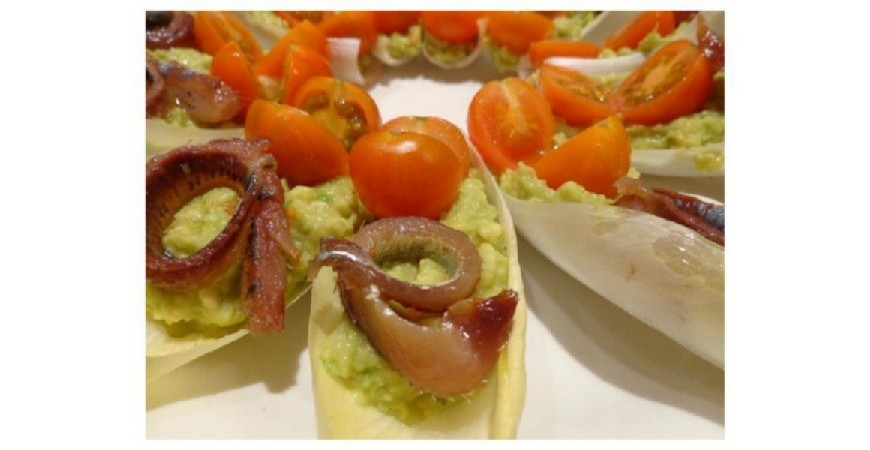 Receta de anchoas con guacamole