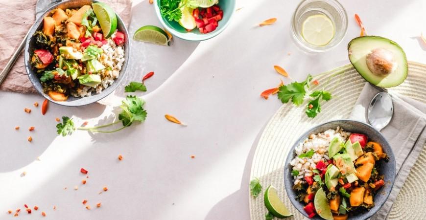 5 recetas de ensaladas con anchoas para saborear todo el año